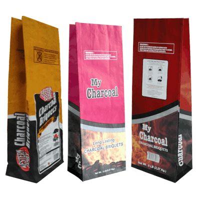 Упаковка древесного угля в бумажные мешки крафт