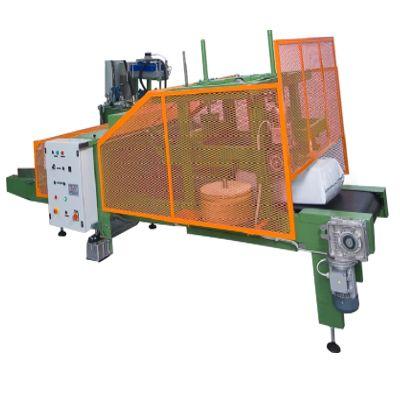 Прессующий конвейер для мешков с торфом