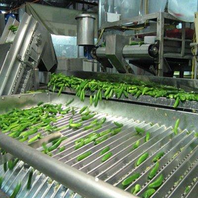 Вибрационный дозатор для наполнения банок овощами