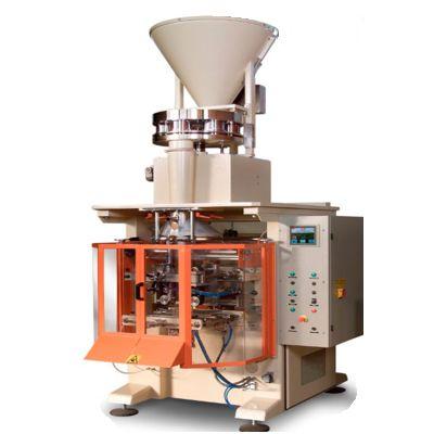 Упаковочный автомат с роторным дозатором для стирального порошка
